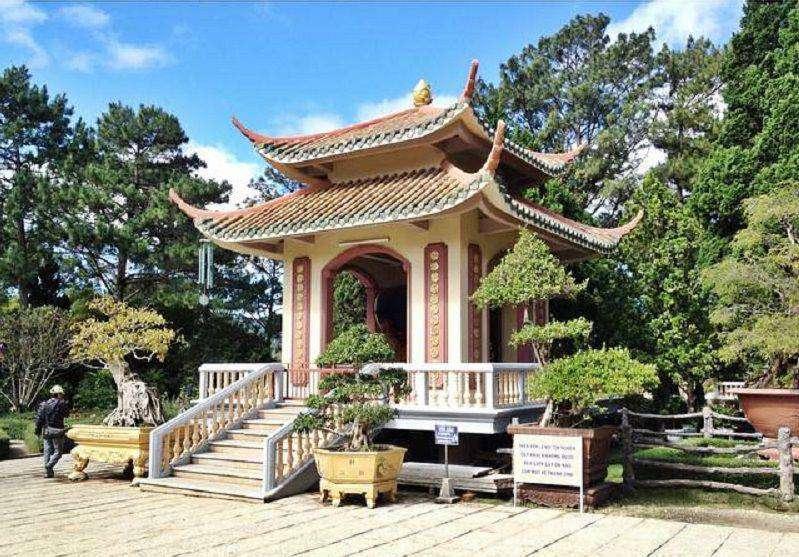 góc khuôn viên thiền viện Trúc Lâm