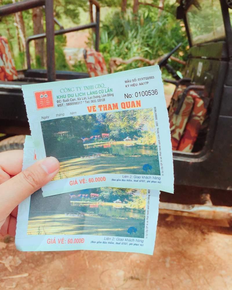 vé vào cổng khu du lịch làng cù lần