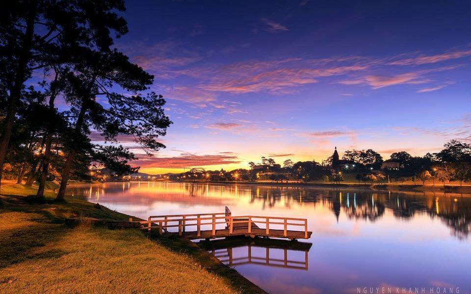 Xuan Huong Lake Dalat.