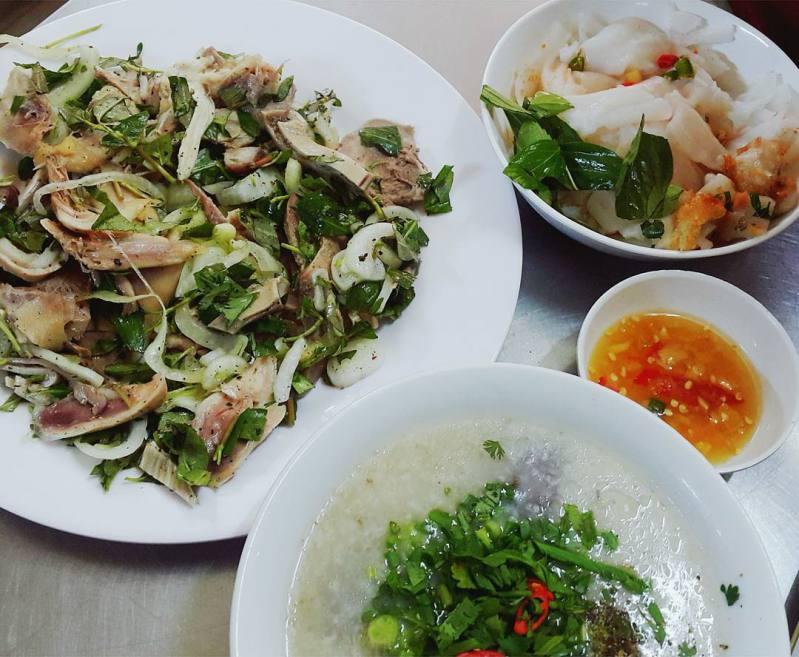 quán bánh ướt lòng gà Trang ở Đà Lạt