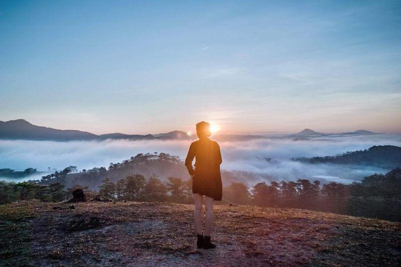 Đi săn mây một buổi sáng mùa Đông tại đồi Thiên Phúc Đức