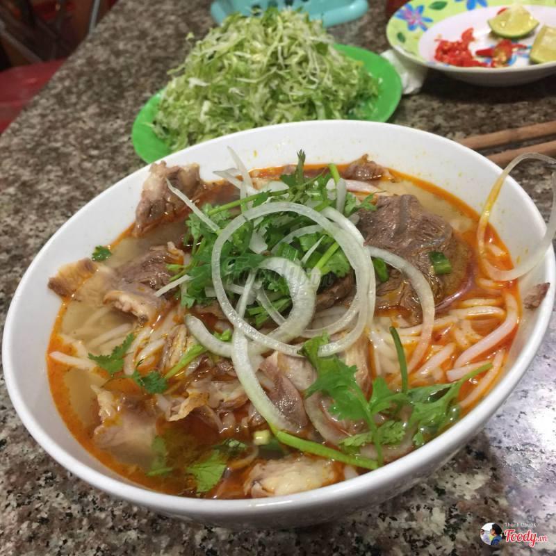 https://agotourist.com/wp-content/uploads/2018/03/bun-bo-hue-xuan-an-da-lat.jpg