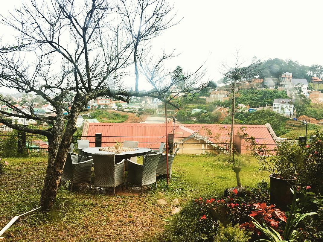 Quang cảnh bên ngoài Nắng homestay ở Đà Lạt