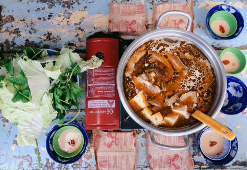Lẩu bò quán gỗ ABa Toa ngon nhất ở Đà Lạt