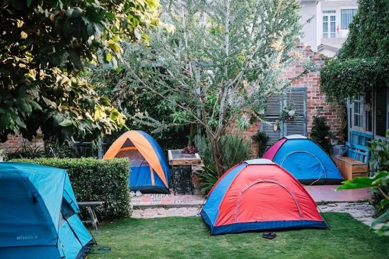 Ngủ lều ở Là Nhà homestay Đà Lạt