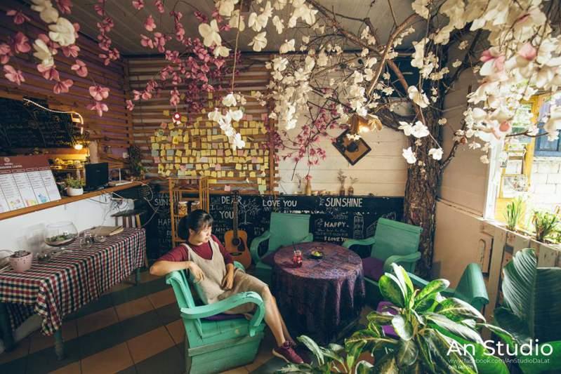 Sunshine coffee ở Đà Lạt - Một nơi lý tưởng để selfie