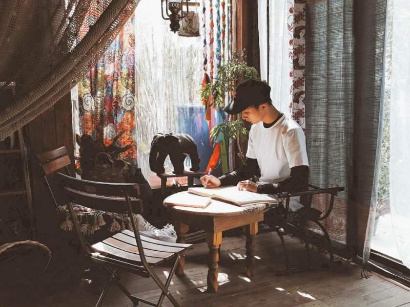 Không gian mới bên trong Sunshine cafe Đà Lạt
