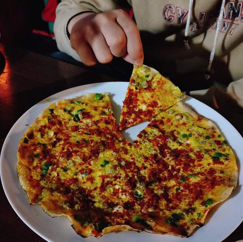 Trải nghiệm bánh tráng nướng ngon hấp dẫn 61 Nguyễn Văn Trỗi, Tp. Đà Lạt