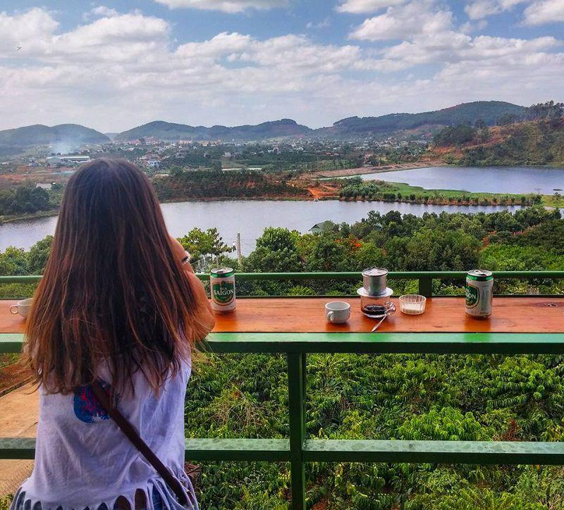 Cà phê Mê Linh - tour thác Pongour