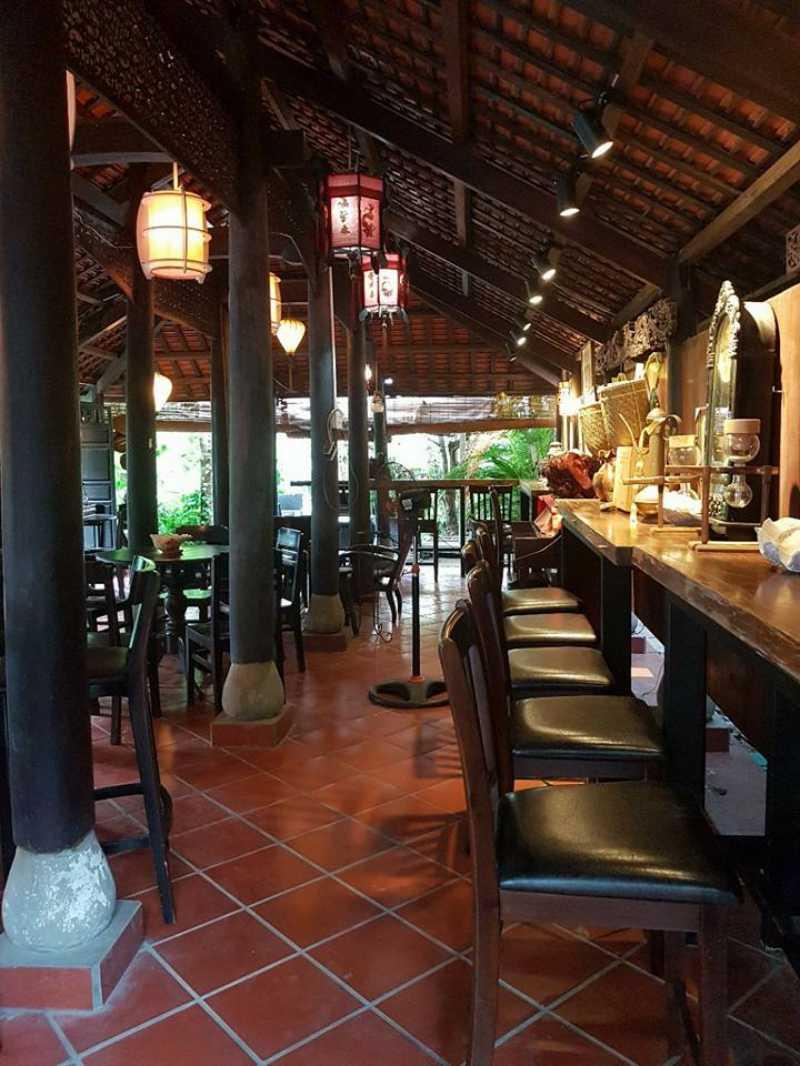 Không gian xưa bên trong quán Cafe Chồn Trại Hầm ở Tp. Đà Lạt