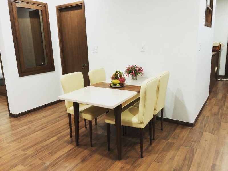 Bàn ăn thật trang nhã ở Dalat Center House