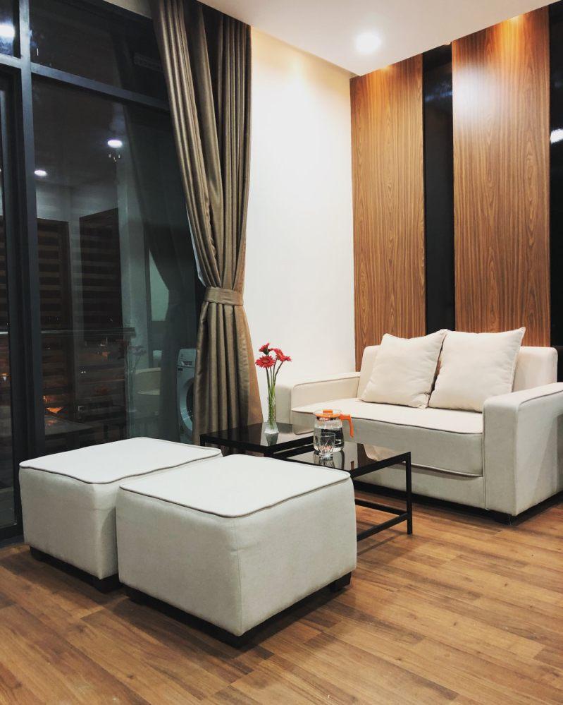 Phòng khách ở bên trong một căn hộ của Dalat Center House