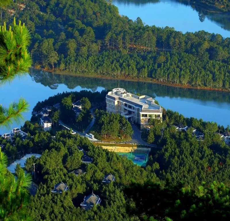 Edensee Lake Resort