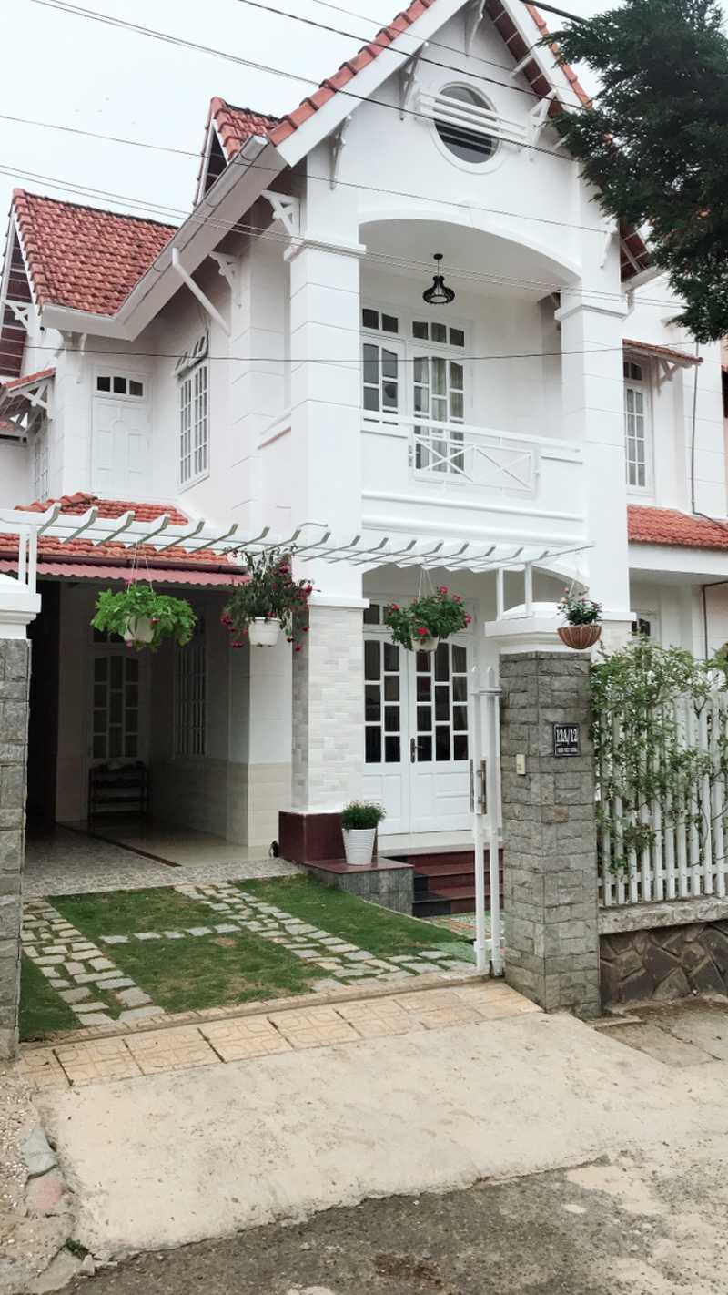 Mặt tiền biệt thự ở số 12 Triệu Việt Vương, Tp. Đà Lạt