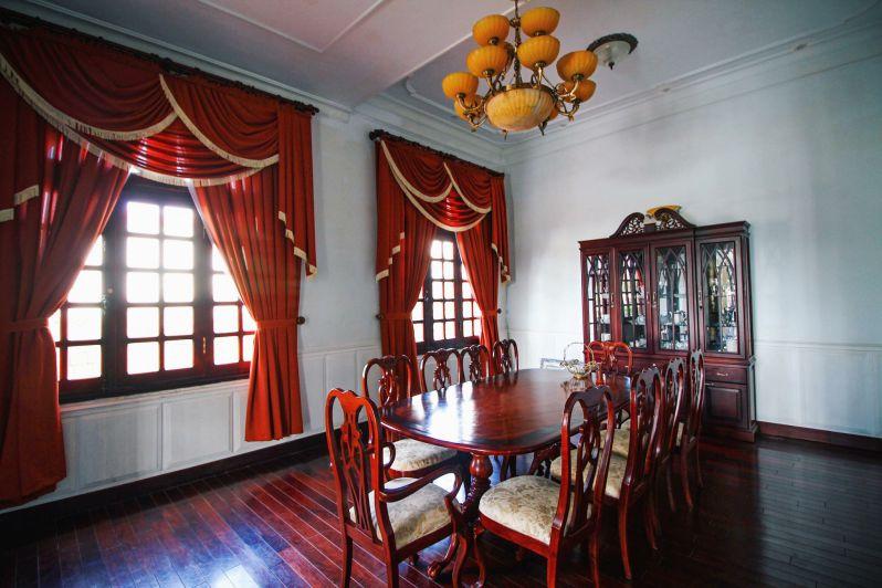 Nội thất bên trong Biệt thự Hoàng Gia ở thành phố Đà Lạt