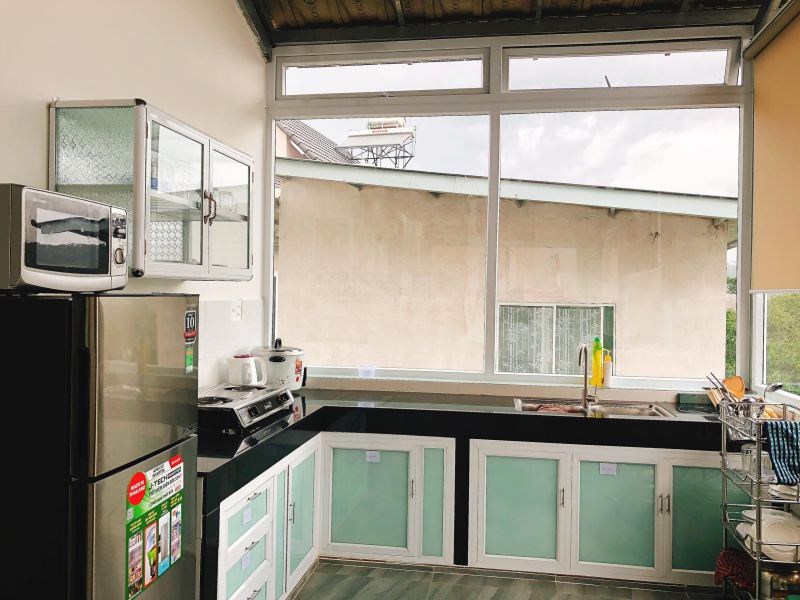 Nhà bếp bên trong Windy Villa ở Đà Lạt