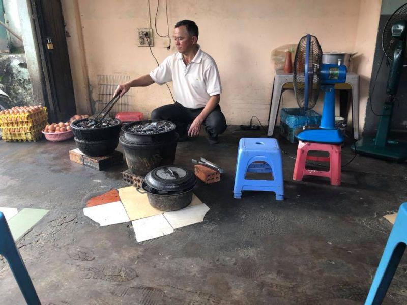 Bánh tráng nướng Bùi Thị Xuân là thành quả hơn 10 năm gây dựng