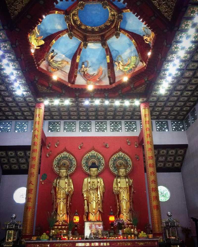 Kiến trúc bên trong Chùa Tàu ở tp Đà Lạt