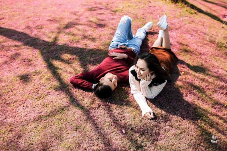 Chụp ảnh cưới Đà Lạt - tại đồng cỏ hồng