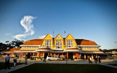 Nhà ga xe lửa lúc Đà Lạt vào thu tháng 9
