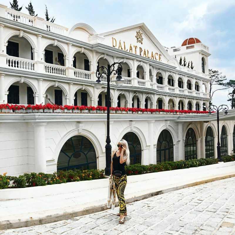 Khách sạn Dalat Palace Henritage Luxury là một nơi nghỉ dưỡng đáng mơ ước