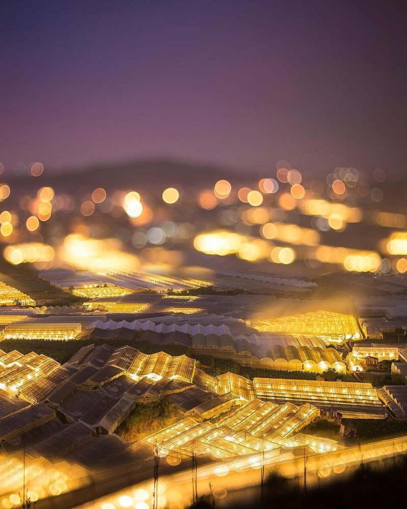 Khung cảnh Trại Mát ở Đà Lạt về đêm đẹp huyền ảo