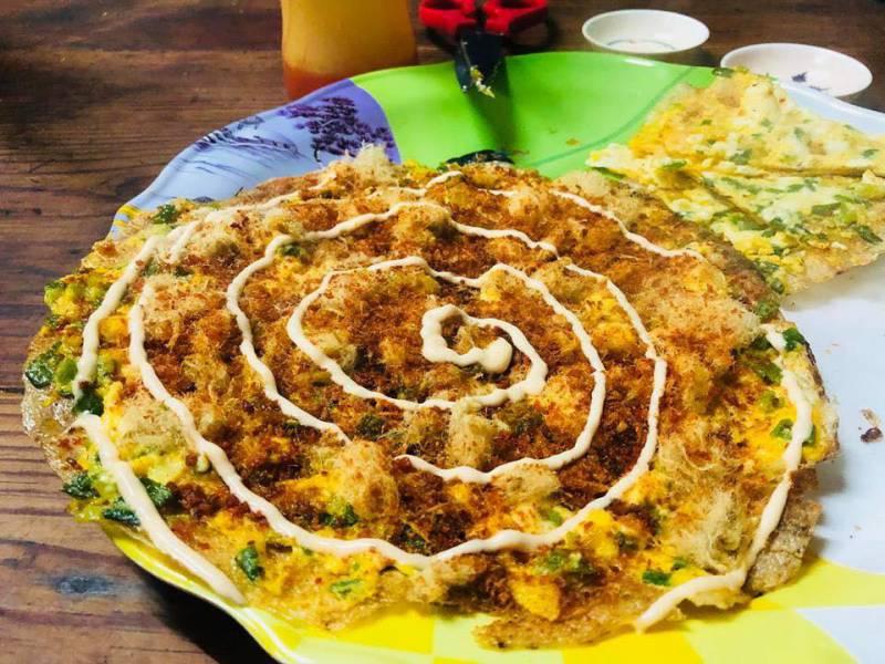 Bánh tráng nướng Bùi Thị Xuân ở tp Đà Lạt