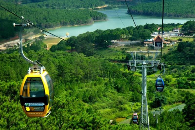 View ngắm hồ Xuân Hương nhìn từ cáp treo Đà Lạt
