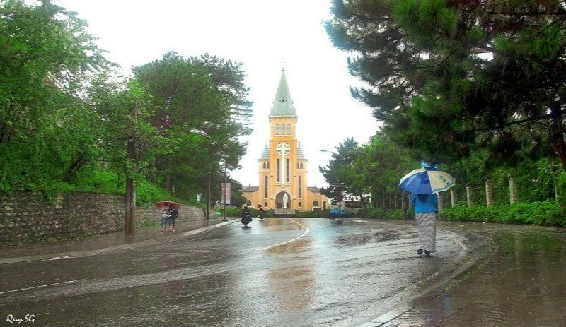 Nhà thờ Con Gà (Ảnh: Quy SG, sưu tầm FB)