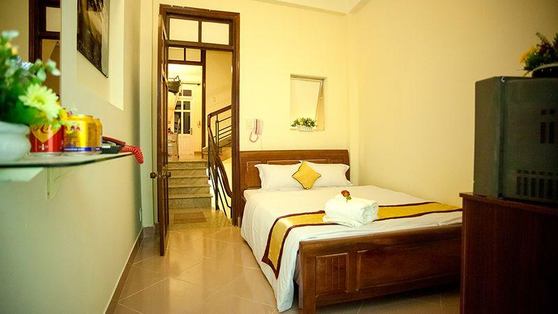 Phòng đơn giường 1m6 ở khách sạn Happy Day 1 ở Đà Lạt