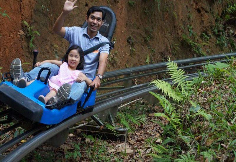 Máng trượt tại thác Datanla