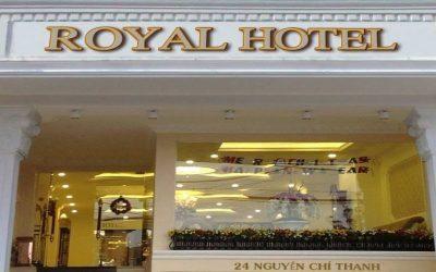 Khách Sạn Royal