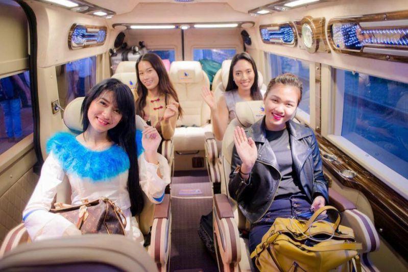 du lịch Đà Lạt Tết bằng xe Limousine