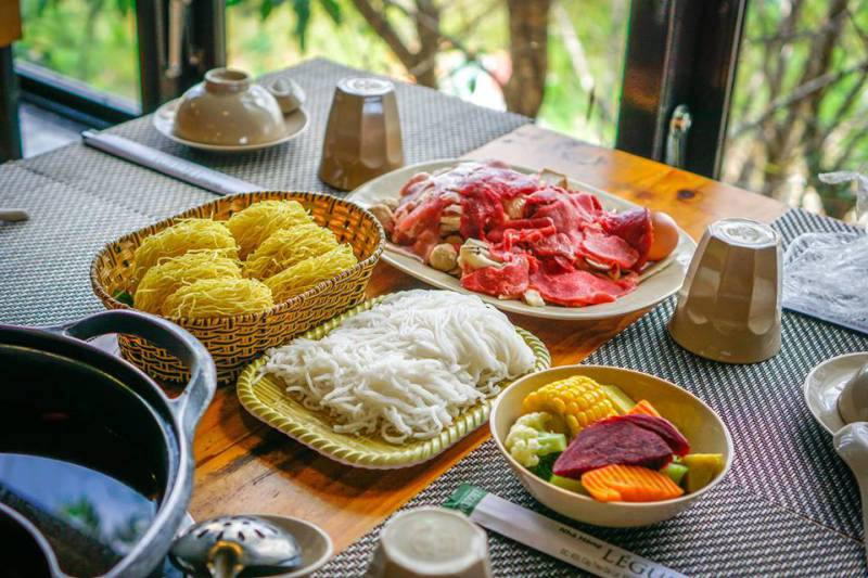 Nhà hàng lẩu rau ngon nhất và view đẹp nhất ở Đà Lạt