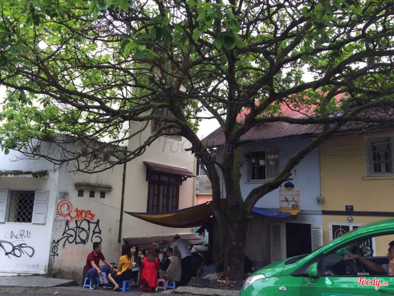 Quán bánh căn xíu mại Cây Bơ ở Đà Lạt