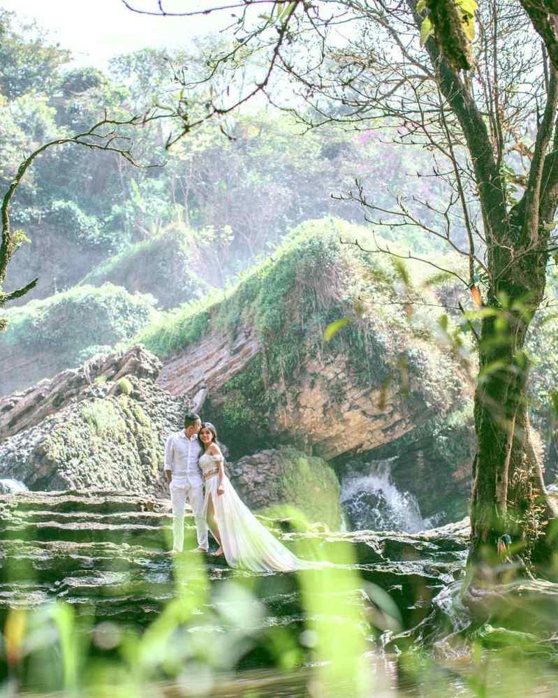 Chụp ảnh cưới ở Thác Voi Đà Lạt