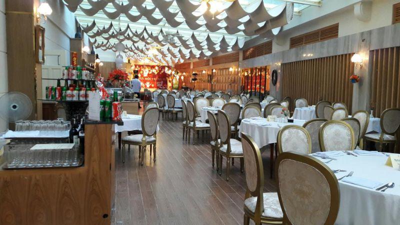 Nhà hàng ở khách sạn Du Parc tại Đà Lạt