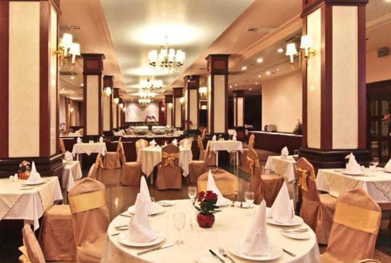 Nhà hàng ở khách sạn Sài Gòn Hotel Đà Lạt