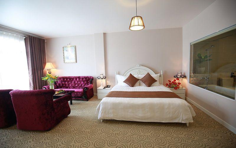 Phòng trong khách sạn Ngọc Phát Đà Lạt