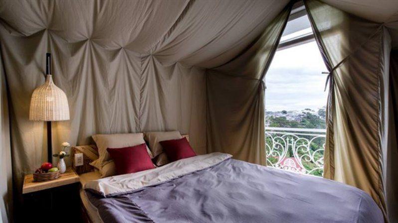 Không gian bên trong Yolo Camping House - homestay Đà Lạt giá rẻ