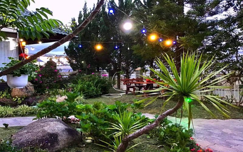 Không gian lãng mạn bên trong Anh Đào villa