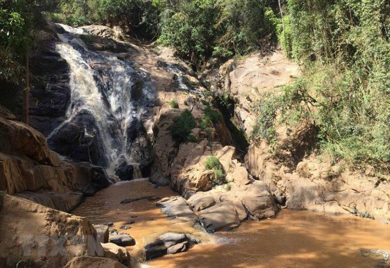cầu treo thác hang cọp