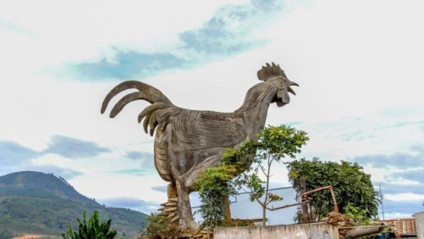 Biểu tượng Gà Trống 9 cựa của làng Gà
