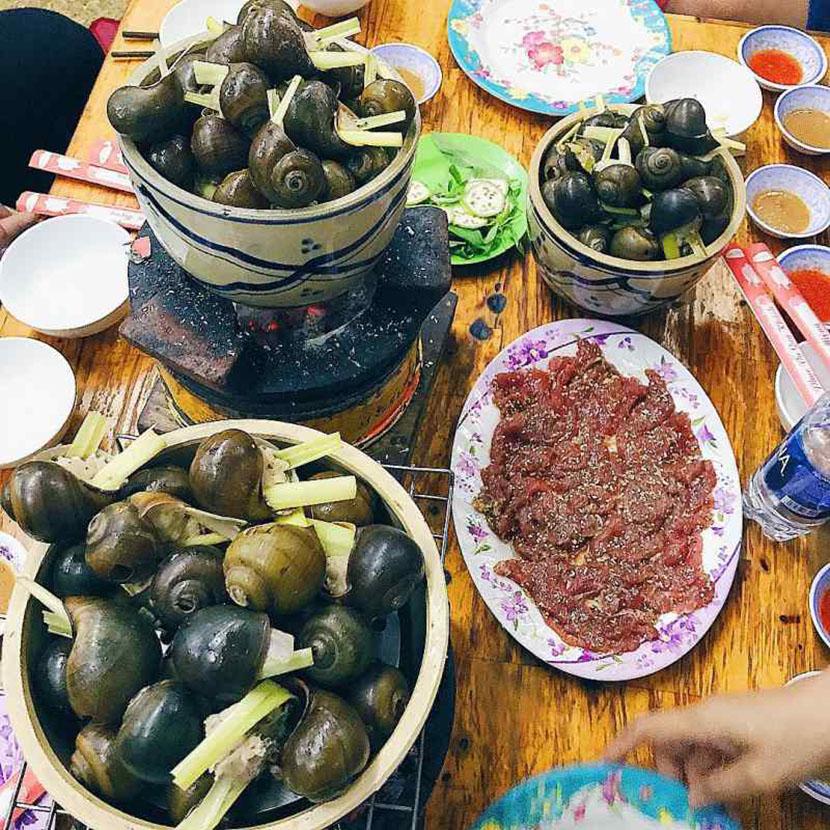ăn ốc nhồi thịt đà lạt