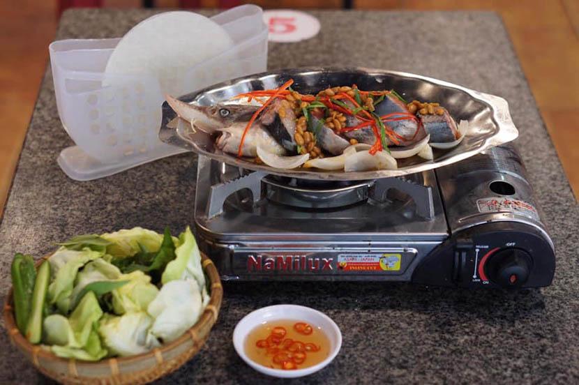 Món cá tầm Ngư Sơn Đà Lạt