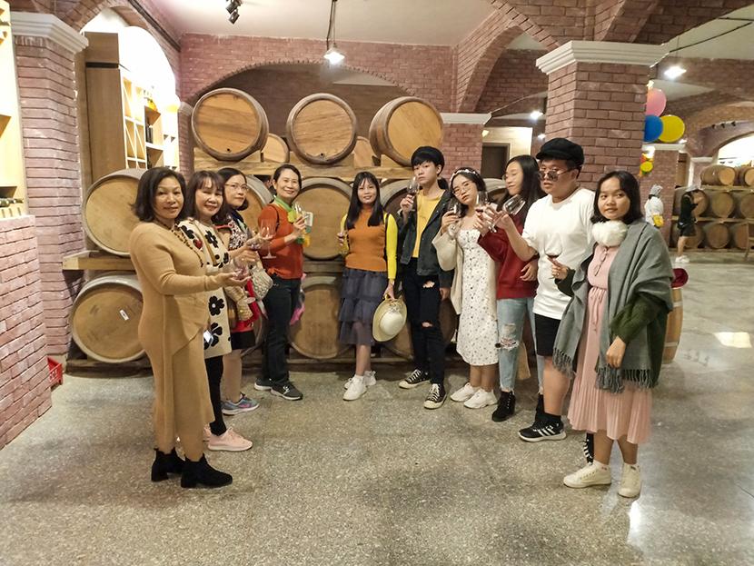 Thuyết minh hầm rượu vang Đà Lạt