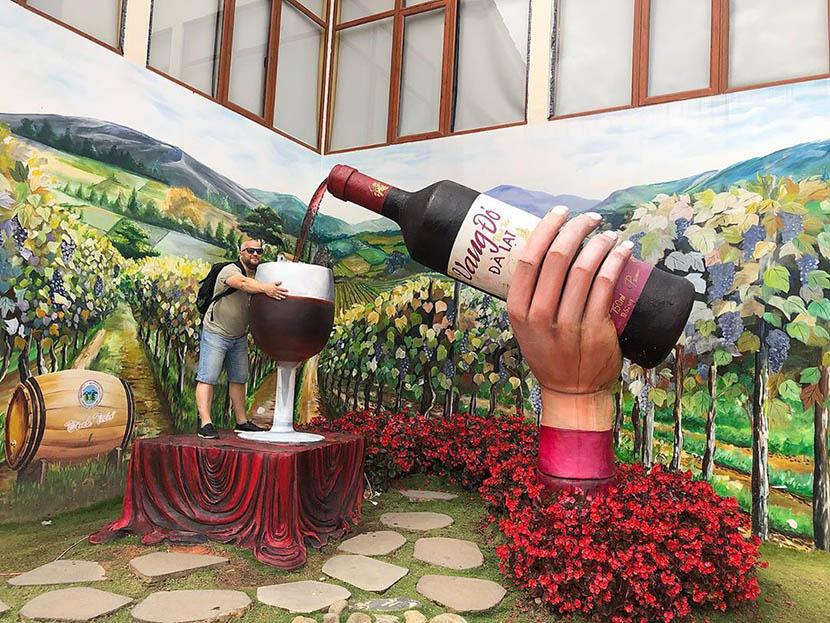 Hầm rượu vang Vĩnh Tiến Đà Lạt