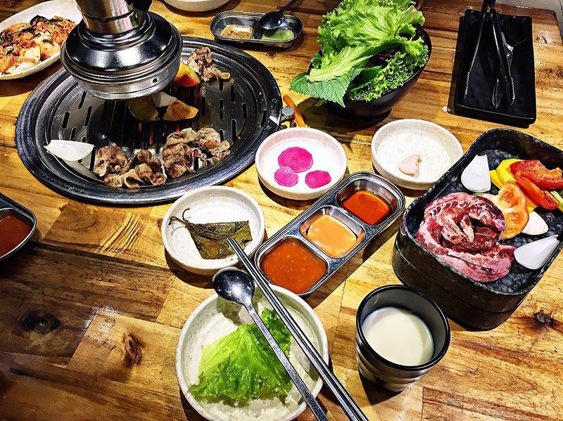 Thưởng thức hương vị thịt nường Hàn Quốc tại Fungi Chingu