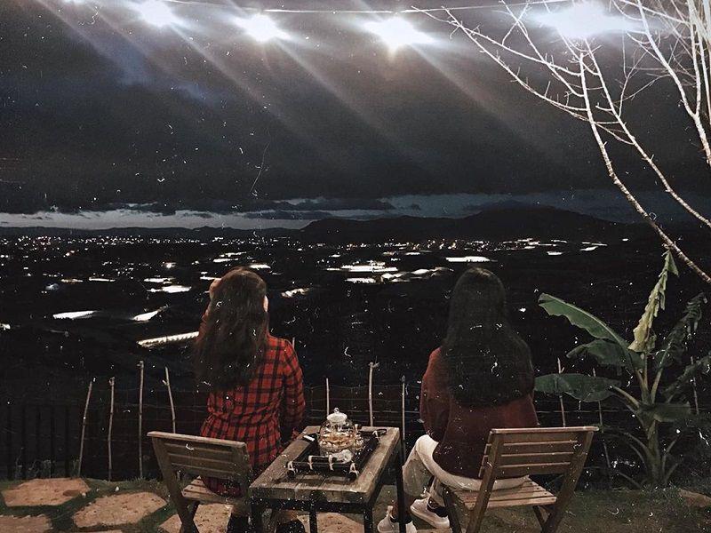 Ngắm nhình thành phố Đà Lạt lung linh về đêm