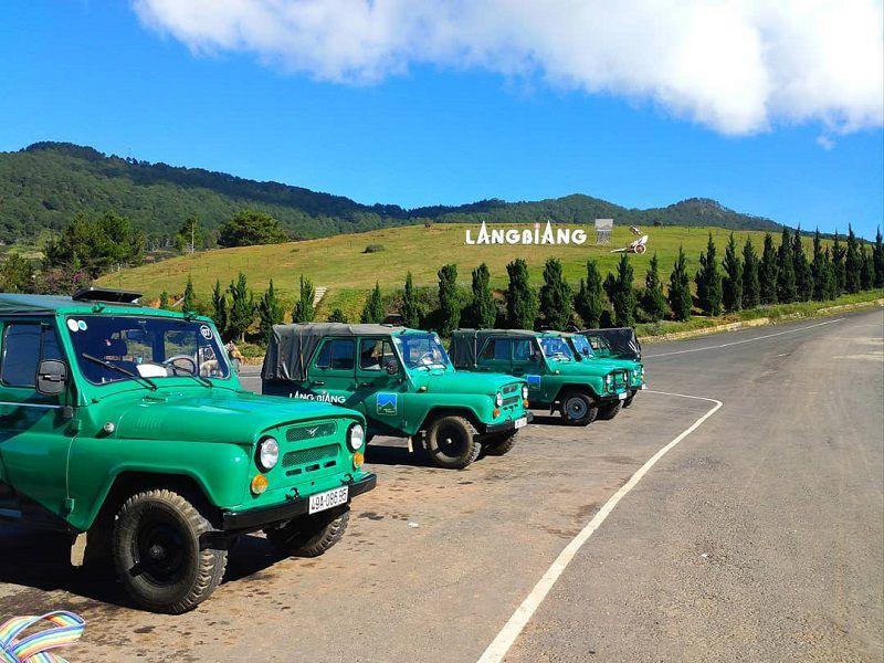 Giá vé xe jeep Langbiang